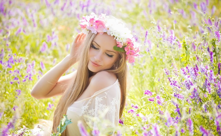 Картинка: Блондинка, лицо, волосы, цветы, лаванда, венок, девушка