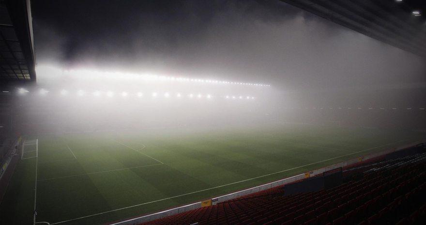 Картинка: Поле, газон, футбол, стадион, свет, туман, трибуны