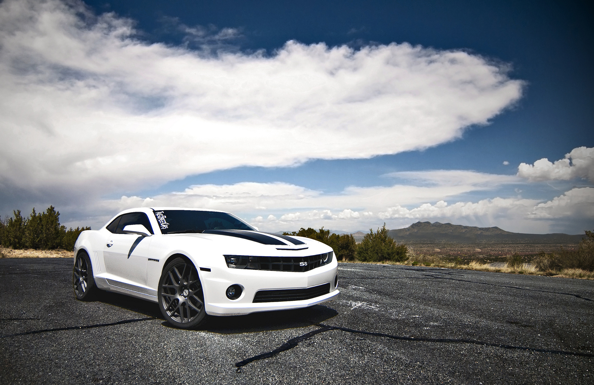 Image: Chevrolet, Camaro, white, day, clouds, road, mountains, nature