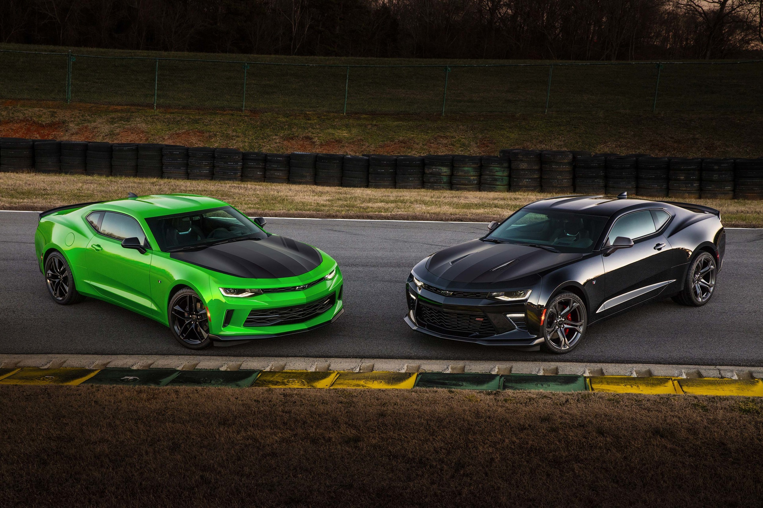 Image: Cars, green, black, supercars, road, Chevrolet, Camaro