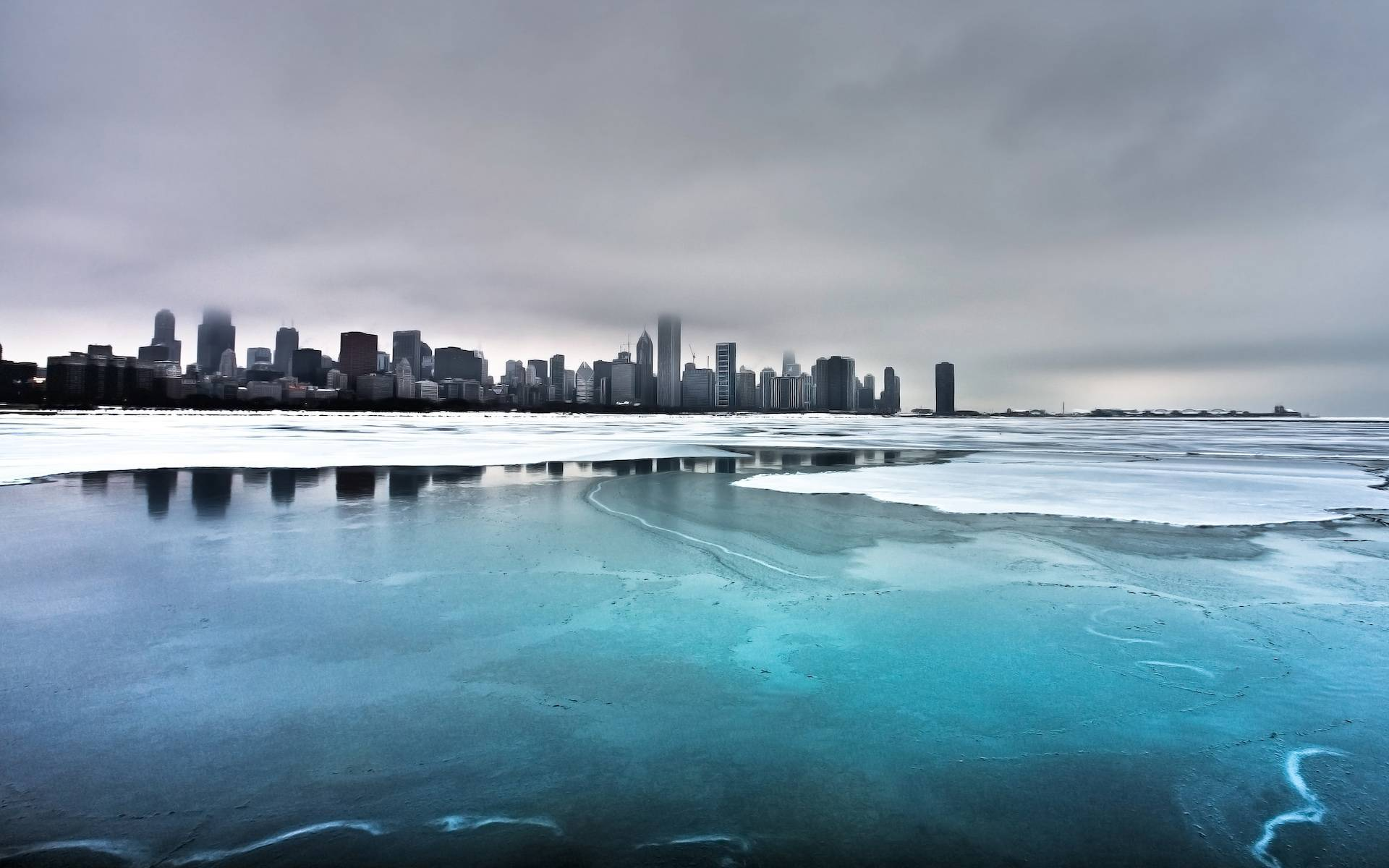 Image: City, river, winter, snow, ice, water, sky, clouds