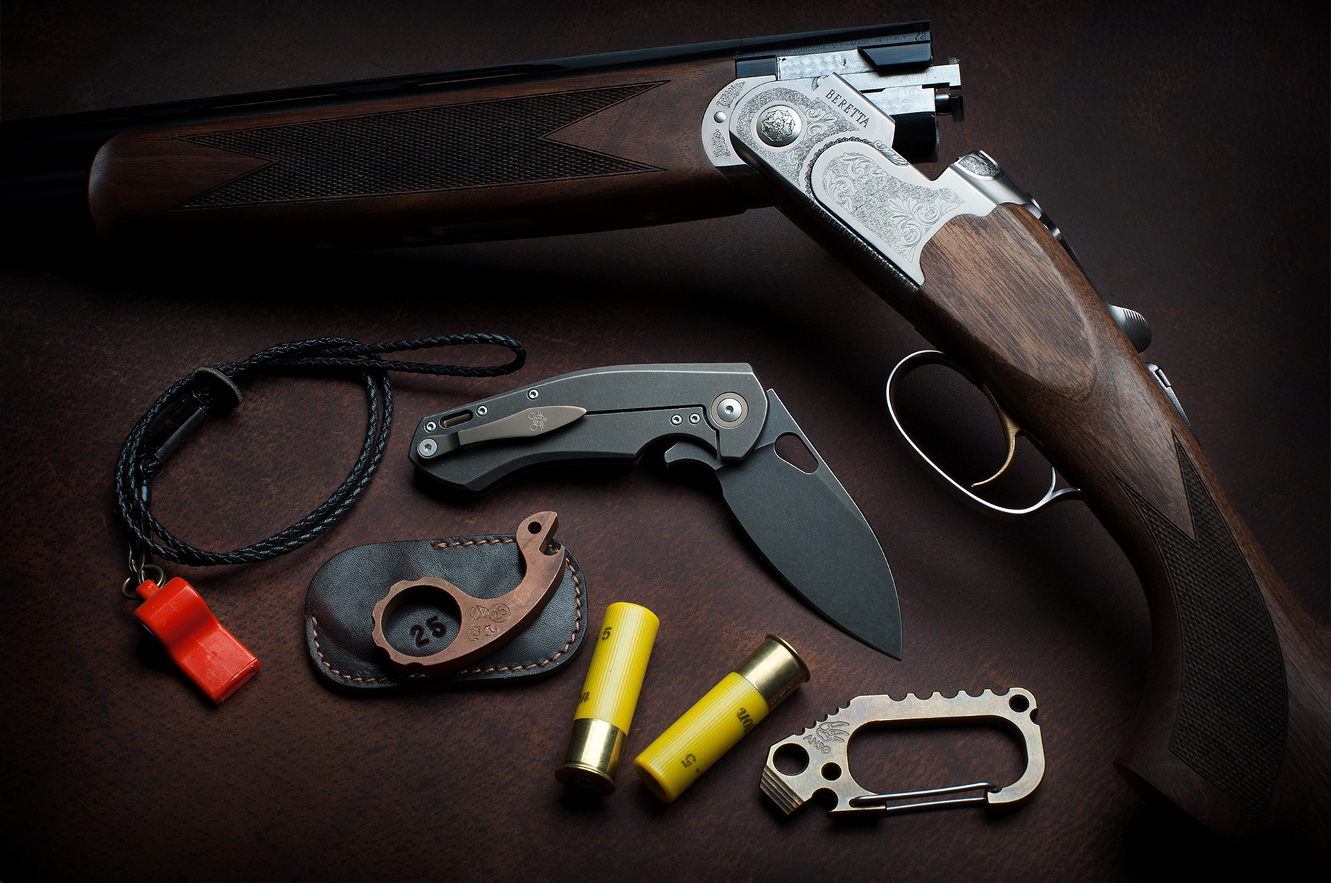 Картинка: Оружие, дробовик, BERETTA, нож, GiantMouse Knives, кобура, патроны, свисток
