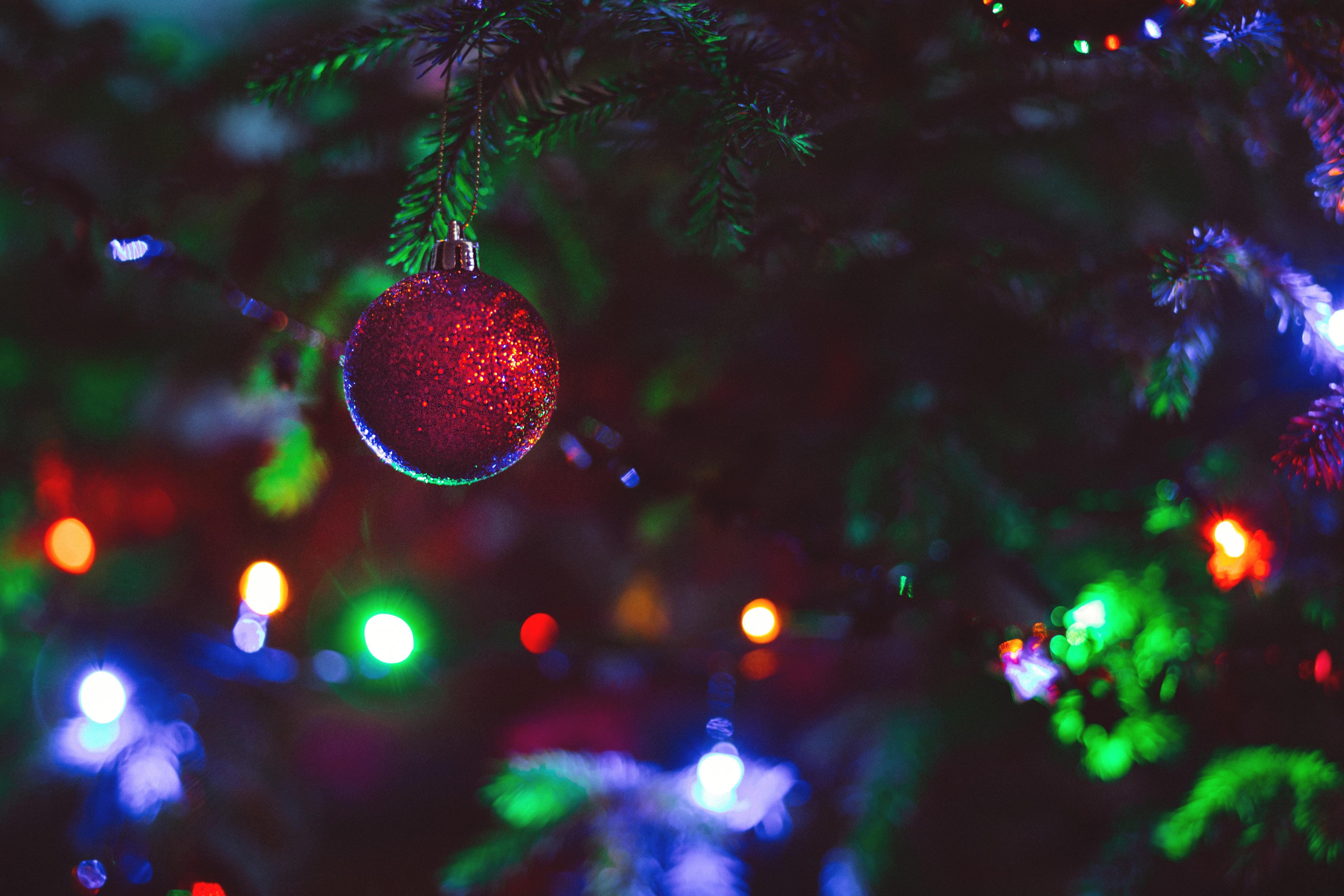 Картинка: Шар, красный, Новый год, свет, блики, праздник