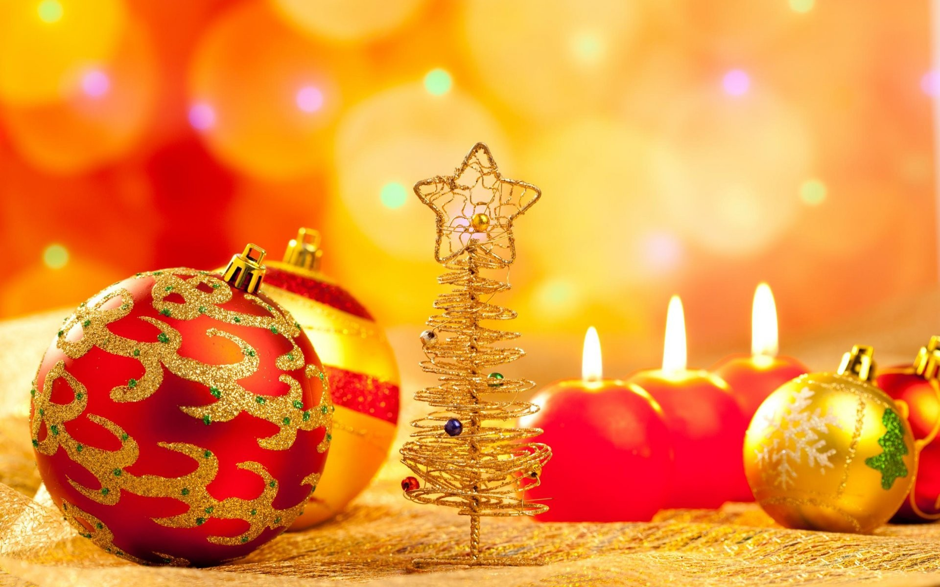 Image: Balls, candles, christmas tree, flare