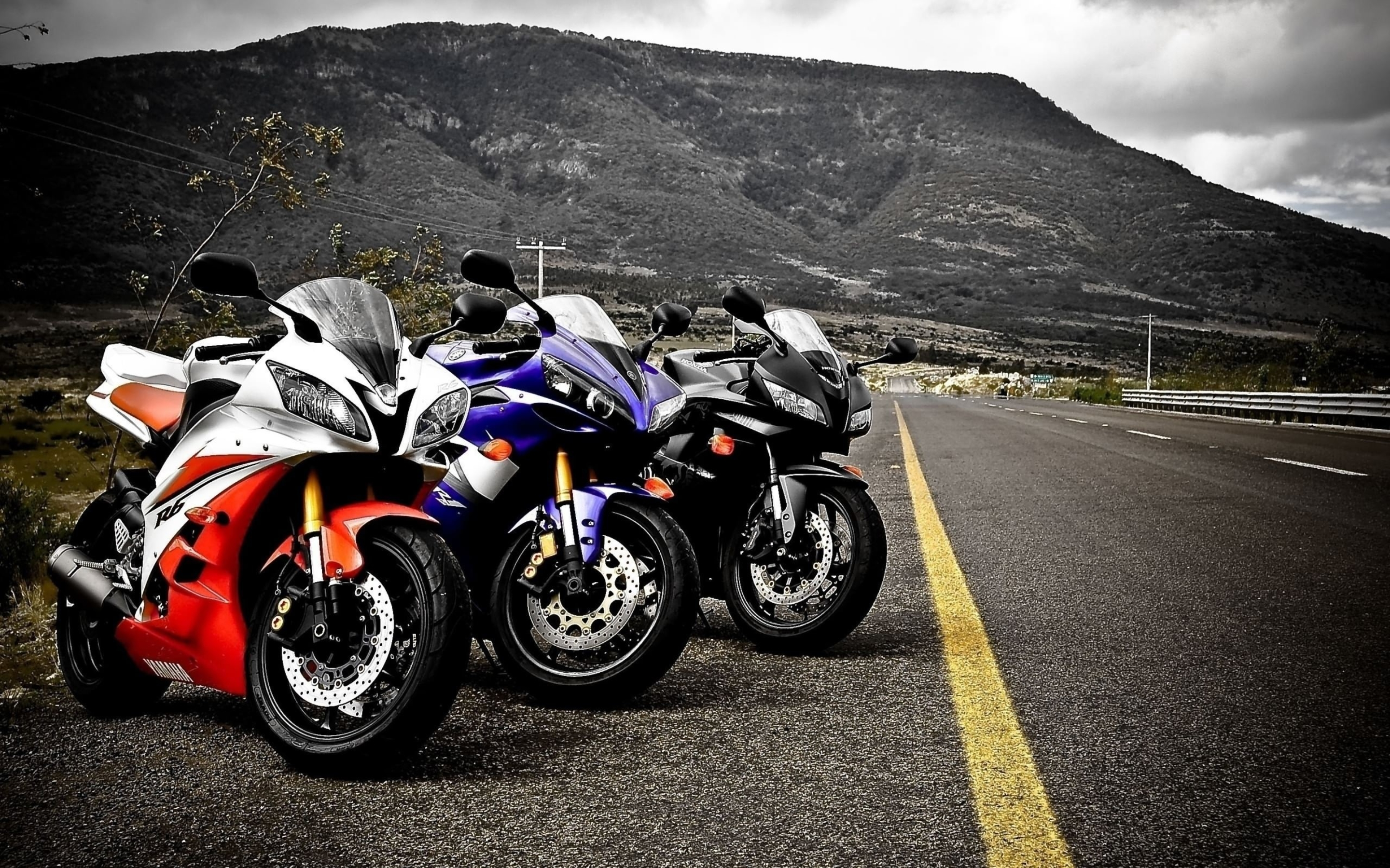 Image: Yamaha R1, motorcycles, wheels, lights, mirrors, highway, road, marking, mountains