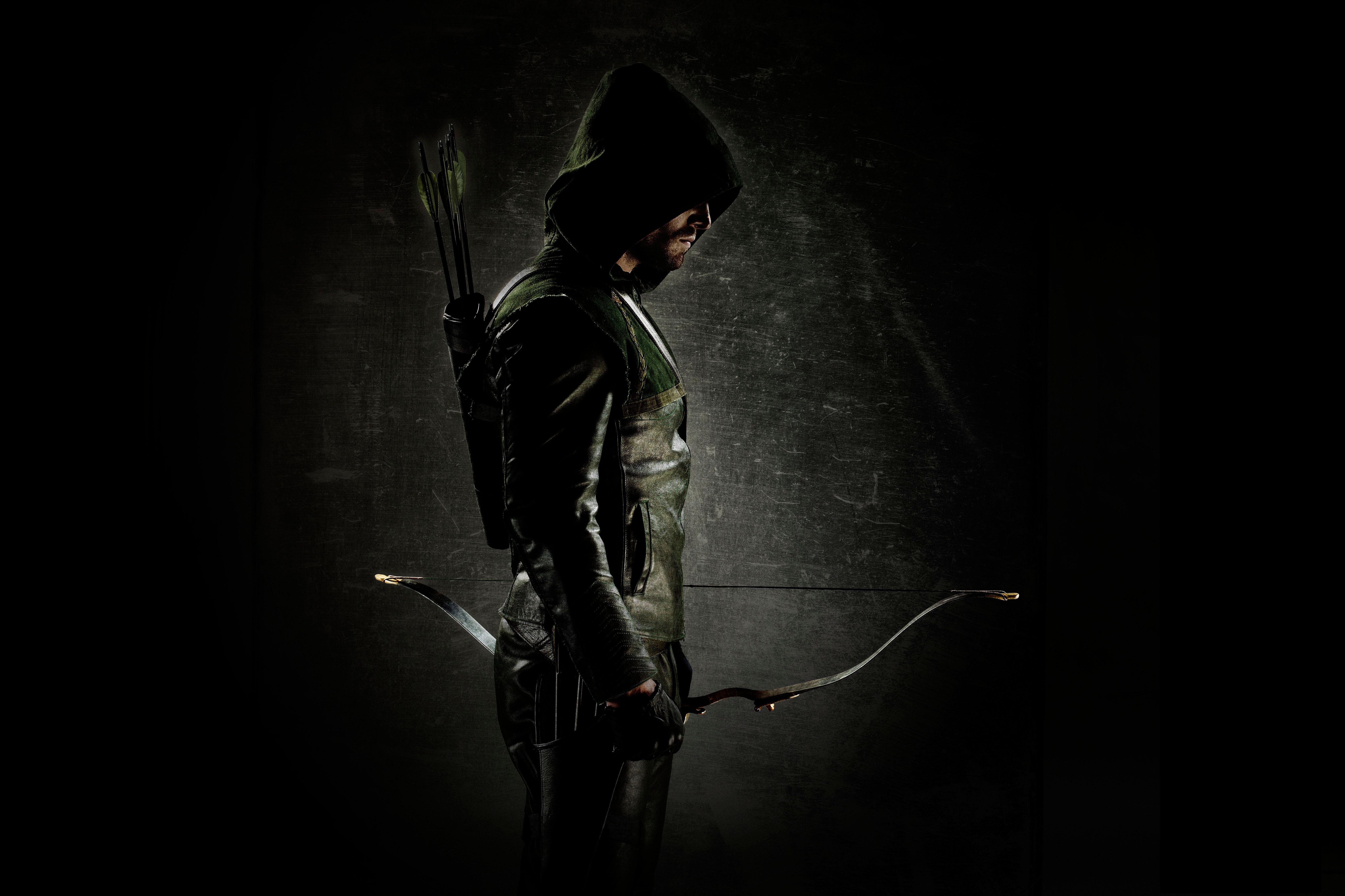 Картинка: Зелёная стрела, green arrow, лук, стрелы, супергерой, капюшон