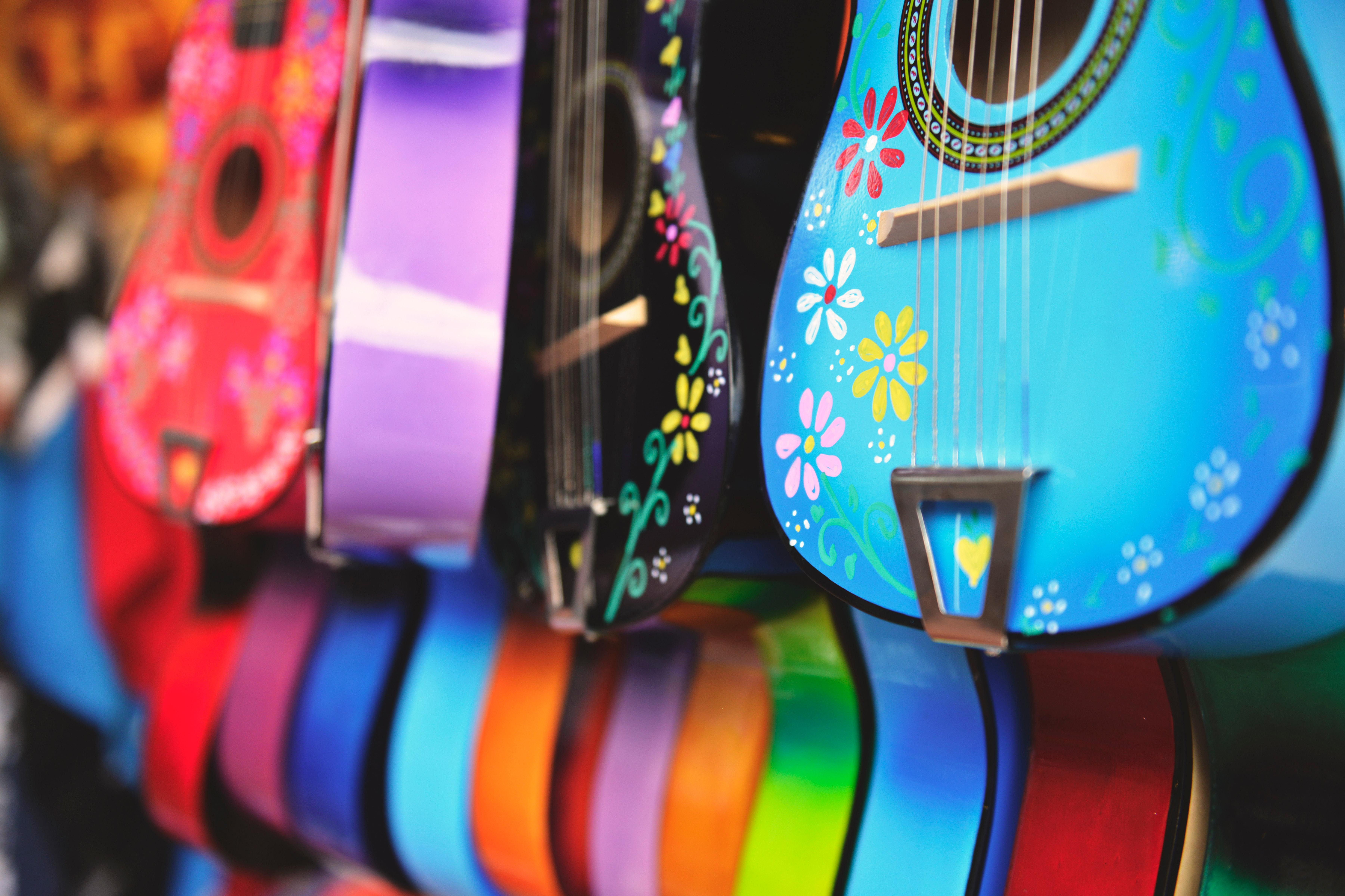 Image: Guitar, colored, color, colorful, painting, flowers, range