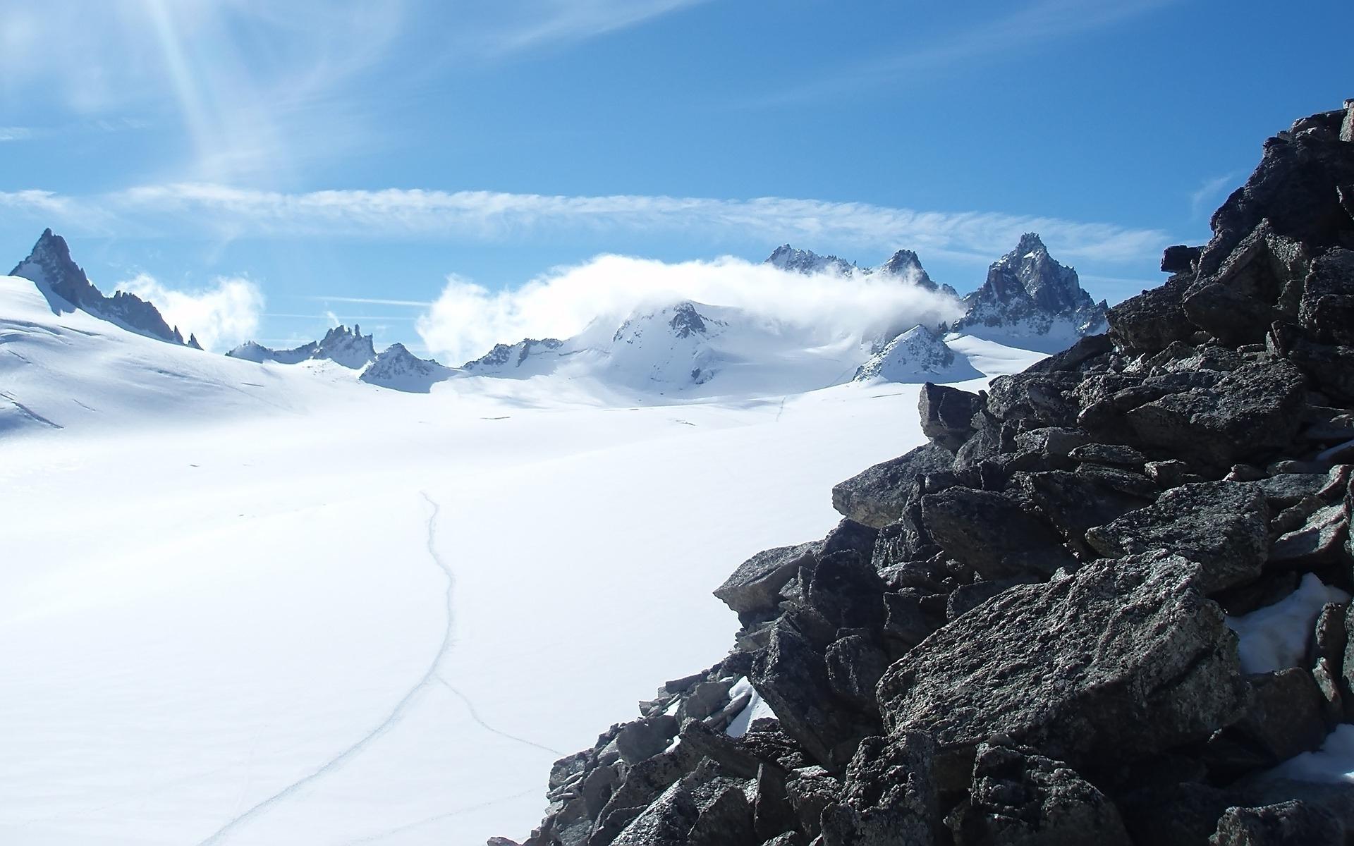 Картинка: Небо, горы, снег, облака, пейзаж, солнечный день