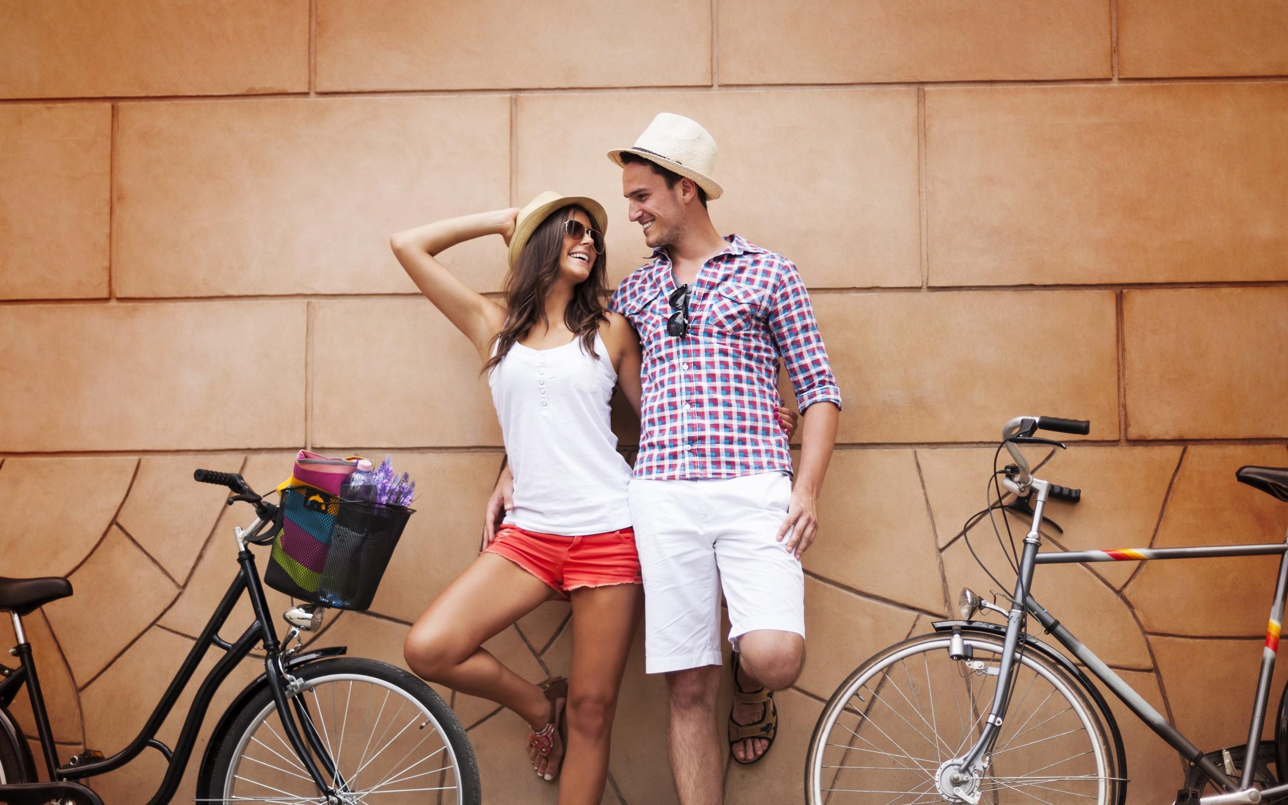 Картинка: Пара, девушка, мужчина, улыбка, смех, велосипед