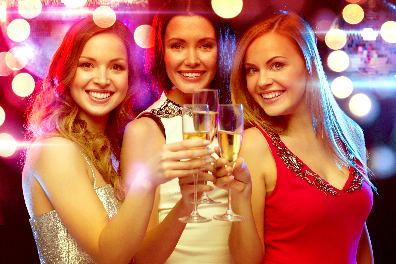Картинка: Праздник, девушки, шампанское, веселье, фото