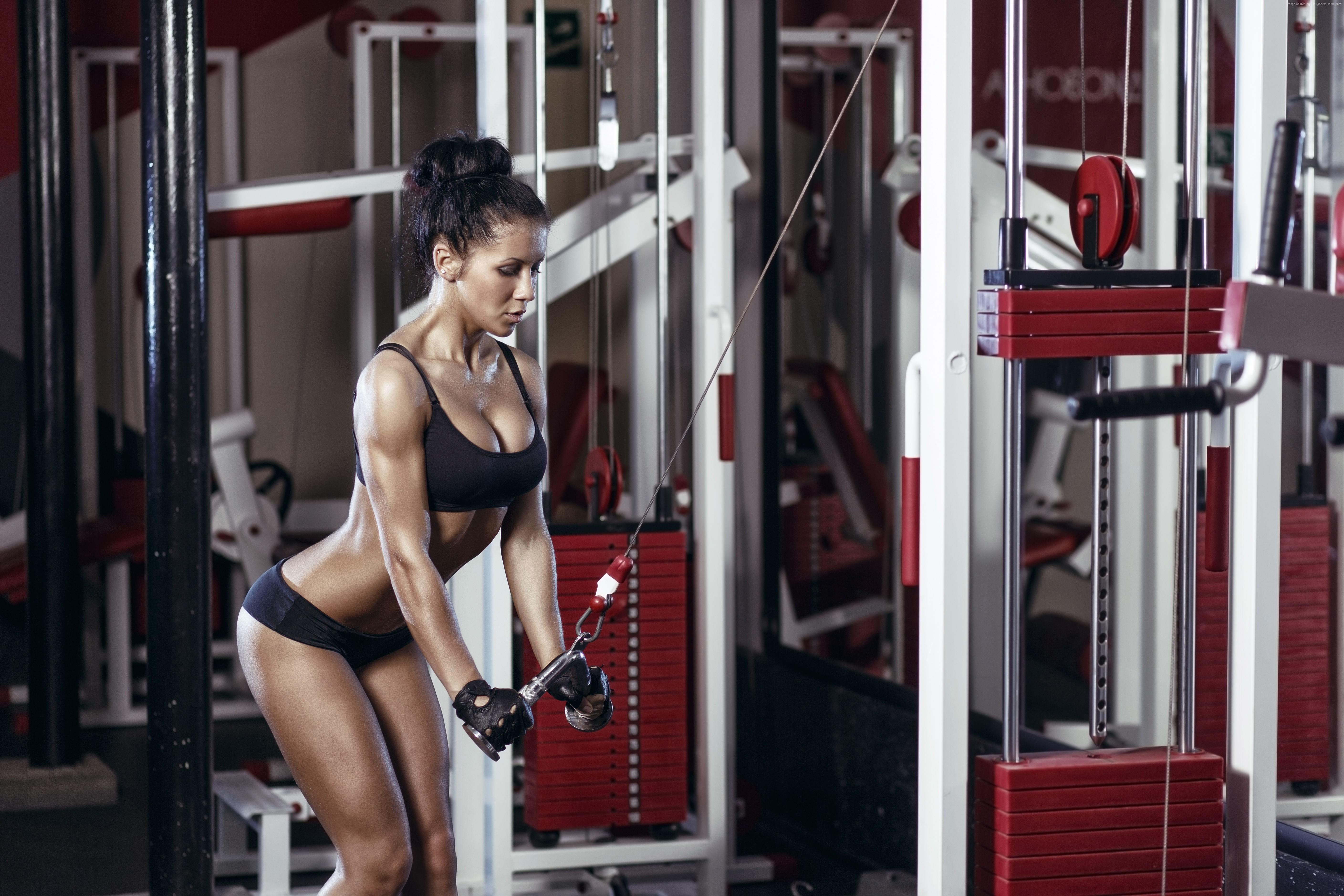 Картинка: Девушка, фигура, упражнение, спортзал, тренажеры, тренажерный зал