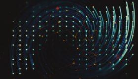 Картинка: Блики, изгибы, треугольники, точки, линии, лазер, вращение, тёмный фон, пространство