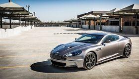 Картинка: Aston Martin, серая, парковка, DBS, солнечный день