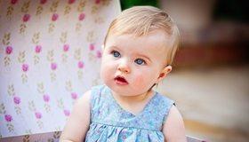 Картинка: Девочка, взгляд, глаза, платье, смотрит