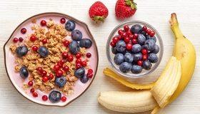 Картинка: Завтрак, йогурт, мюсли, ягоды, фрукты, банан, черника, виктория, десерт