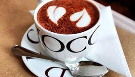 Картинка: Капучино, cappuccino, кофе, пенка, сердечки, рисунок, кружка, блюдце, ложечка