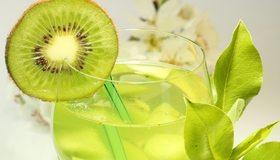 Картинка: Коктейль, киви, зелёный, напиток, бокал, соломка, листья