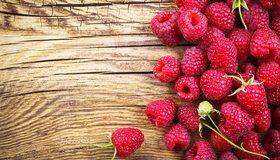 Картинка: Малина, еда, красная, сладкая, деревянный фон