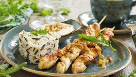 Картинка: Шашлык, мясо, рис, зелень, барбекю