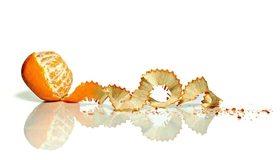 Картинка: Апельсин, отражение, зеркало, фон, белый, кожура, стружка, дольки