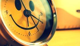 Картинка: Часы, будильник, циферблат, стрелки, улыбка