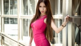 Картинка: Девушка, азиатка, волосы, окна, платье, малиновое, взгляд