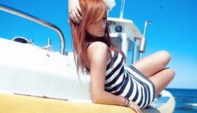Картинка: Девушка, яхта, лежит, волосы, море, отдых