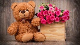 Картинка: Медвежонок, плюшевый, бантик, глаза, игрушка, цветы, розы, букет, коробка, день рождения, праздник, настроение