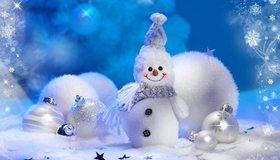 Картинка: Снеговик, снег, шары, снежинки, новый год, шарф, пуговицы, улыбка