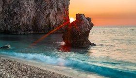 Картинка: Берег, море, скалы, вода, волна, закат, солнце, лучи, горизонт