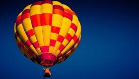 Картинка: Воздушный шар, большой, небо, синий фон