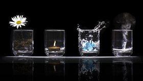 Картинка: Земля, огонь, вода, воздух, стихии, стаканы, отражение, ромашка, свеча, дым, чёрный фон