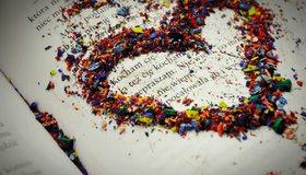 Картинка: Сердце, опилки, стружка, цветные, книга, буквы