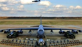 Картинка: Боинг, Boeing B-52, авиация, самолёт, бомбардировщик, боеприпасы, ракеты