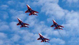 Картинка: Mig-29, Миг-29, самолёт, истребитель, пилотаж, небо, облака