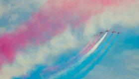 Картинка: Самолёты, аэробатика, пилотаж, небо, цветной дым