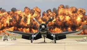 Картинка: Самолёт, взрыв, аэродром
