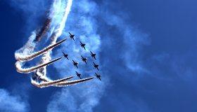 Картинка: Самолёты, трюк, пике, праздник, парад, воздушное шоу, небо