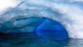Картинка: Лёд, льдина, вода, пещера, поверхность