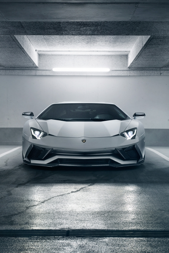 Картинка: Суперкар, Lamborghini Aventador S, парковка, белый, освещение